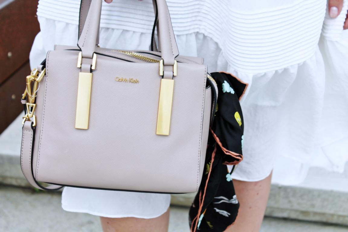 Whitedress-Calvinbag